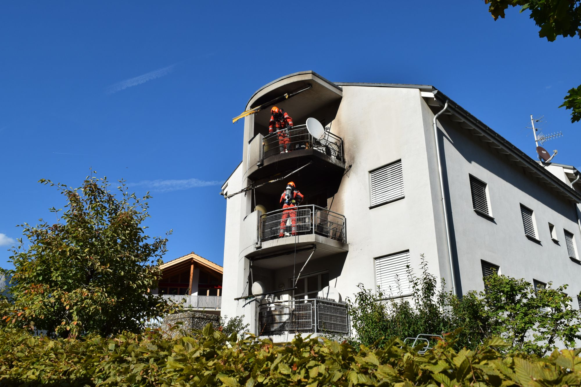 29.09.2019 - Balkonbrand Mehrfamilienhaus